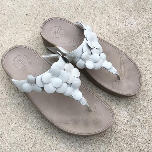 c18cced5060d Fitflop Shoes - FitFlop Fleur 1 Thong Sandals White Leather